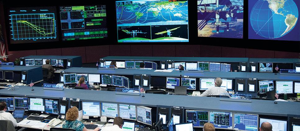 CONTROL-ROOM-NASA_PC